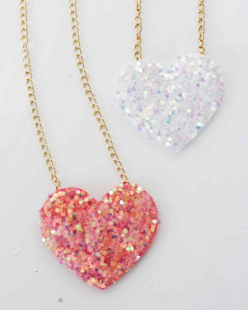 Martha Stewart - DIY Glitter Heart Necklaces