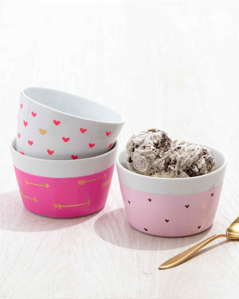 Martha Stewart - DIY Valentines Day Ice Cream Bowls