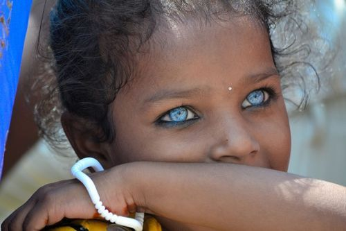 National Geographic - Varanasis Eyes