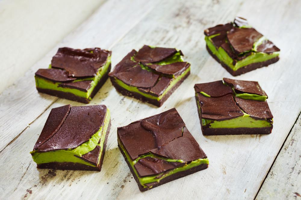 Kimberly Snyder - Triple Layer Raw Chocolate Mint Cream Bars