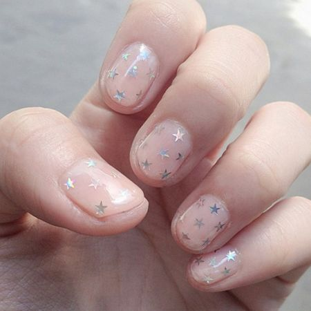 LaurenConrad.com - Sparkle Nails