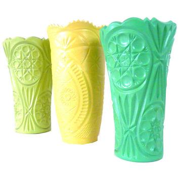 Wanelo - Vintage Vase Set