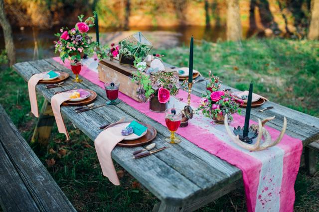 Burnettsboards.com - Bohemian Gemstone Wedding - Favorite Picnic Setting