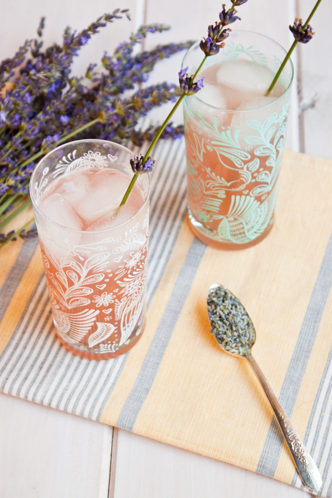 Vegan a la Mode - Lavender Lemonade